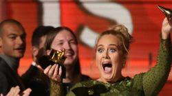 Adele a cassé son prix en deux pour le partager avec