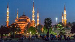 Un séisme de magnitude 6,2 secoue l'ouest de la Turquie et une île