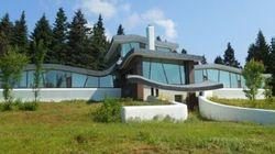 Une maison (ou un vaisseau spatial) à vendre au Mont
