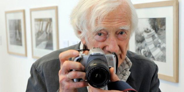 (GERMANY OUT) Riboud, Marc - Photographer, France - at the photo exhibition by Cartier-Bresson in Erfurt,...