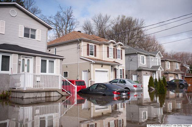 Inondations: des sinistrés déplorent des problèmes avec les