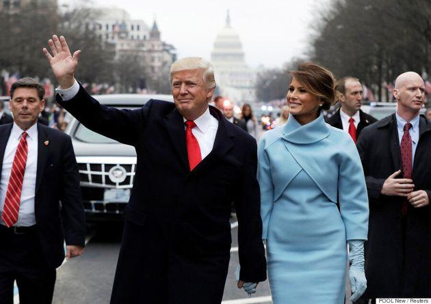 La tenue de Brigitte Macron lors de l'investiture d'Emmanuel Macron fait penser à celle de Melania Trump...