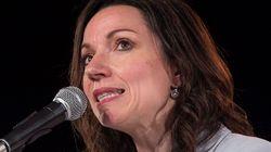Martine Ouellet promet d'abolir la prestation de serment à la