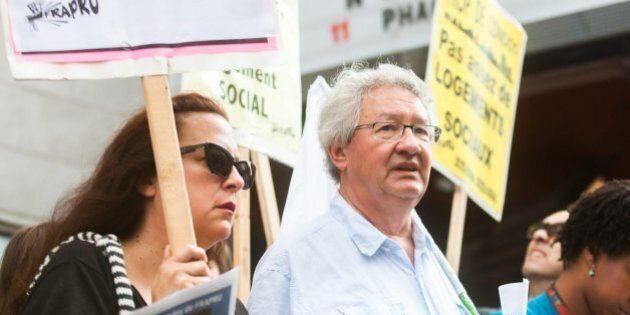 Le FRAPRU occupe un terrain vacant pour dénoncer le manque de logements