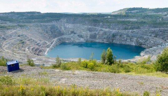 Cinq ans après la fermeture de la mine Jeffrey, Asbestos tente de renaître