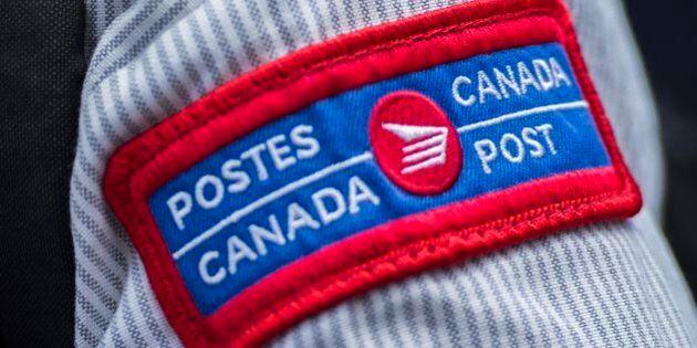 Les syndiqués de Postes Canada, frustrés par l'absence de