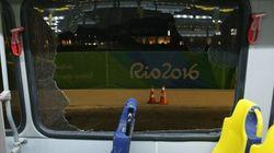 Un bus de journalistes pris pour cible à Rio