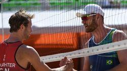 Les Canadiens Binstock et Schachter s'inclinent en volleyball de