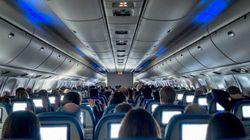 Surréservation de sièges dans les avions: Ottawa promet