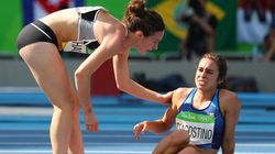 Ces coureuses offrent un beau moment de solidarité à Rio