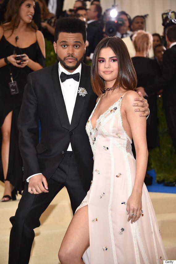 Met Gala 2017: Selena Gomez et The Weeknd ensemble et amoureux