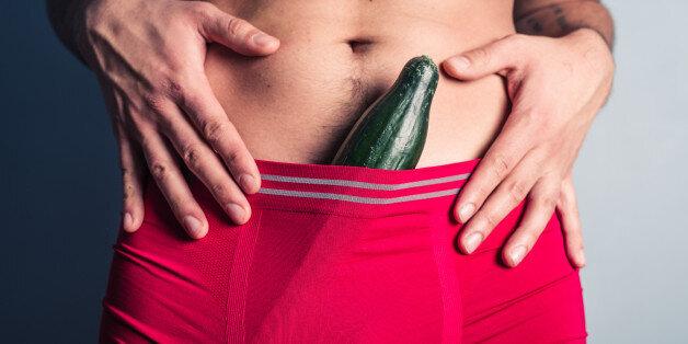 hommes avec de très grands pénis lesbienne séduit massage