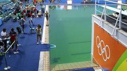 Rio 2016: La piscine à l'eau verte est désormais