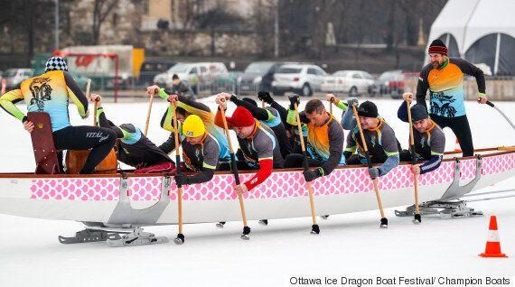 Festival d'Ottawa de bateau-dragon sur glace: une première en Amérique du