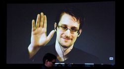 Le permis de séjour de Snowden en Russie prolongé de deux