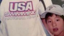 14 ans après cette photo, ce nageur pourrait battre son idole à