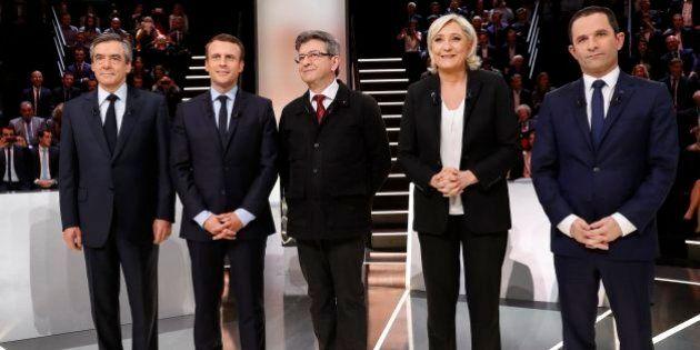 Présidentielle française: Macron et Le Pen en tête à égalité au 1er tour, selon un
