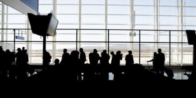 Aéroport Montréal-Trudeau: des téléphones