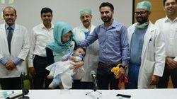 Un bébé à huit bras et jambes opéré en