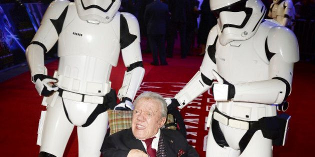 LONDON, ENGLAND - DECEMBER 16: Kenny Baker attends the European Premiere of 'Star Wars: The Force Awakens'...