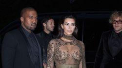Kim Kardashian alimente les rumeurs de