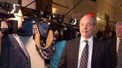 Couillard défend son chef de cabinet, qui a eu des liens avec Marc