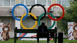 Faut-il bannir 387 athlètes russes et les empêcher de participer aux JO de