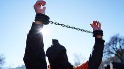 Transfert de détenus à Guantanamo: Obama et Trump en plein