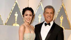 Les internautes réagissent à la différence d'âge entre Mel Gibson et son