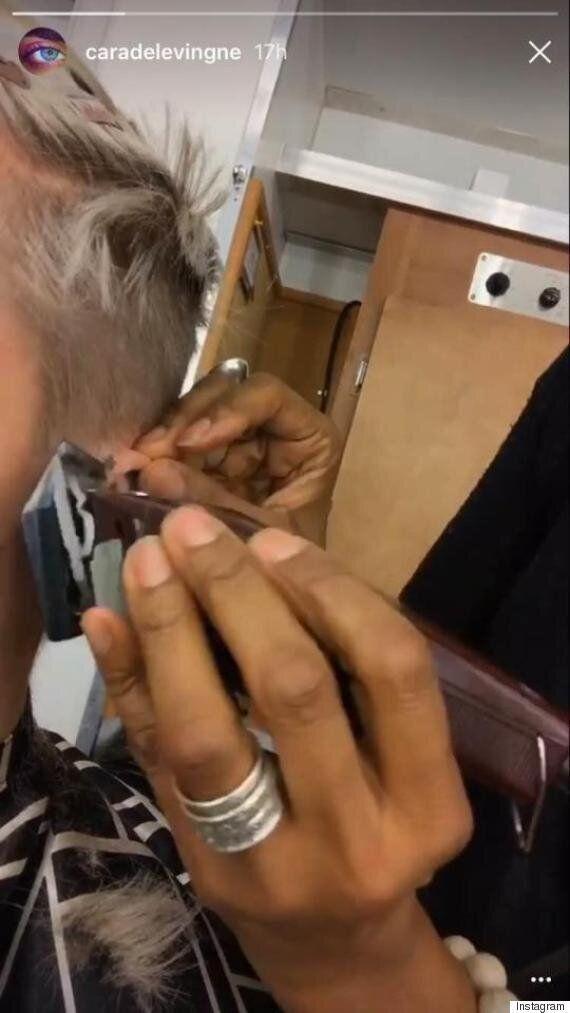 Cara Delevingne s'est rasée la tête