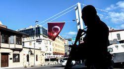 Attentat dans une discothèque d'Istanbul: le suspect toujours en