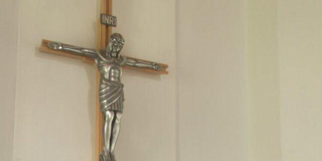 Crucifix à l'hôpital Saint-Sacrement: la direction change