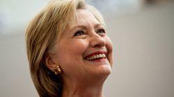 Courriels: Hillary Clinton «ravie» d'avoir parlé au
