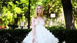 La petite robe blanche parfaite interprétée par Elle Fanning