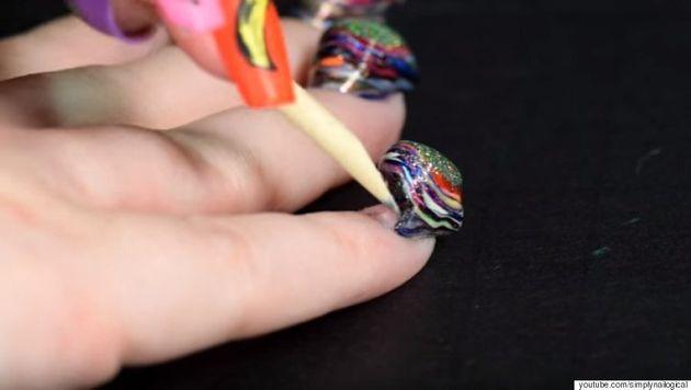Voici de quoi ont l'air 116 couches de vernis à ongles