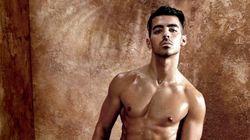 Joe Jonas se déshabille pour la nouvelle campagne