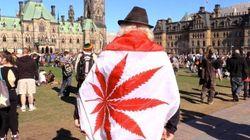 Un joint devant le Parlement pour fêter le «420»
