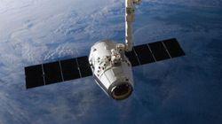SpaceX lance Dragon vers la Station spatiale et ramène sa fusée