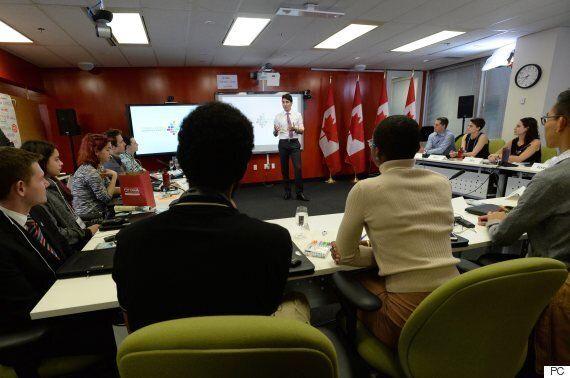 Justin Trudeau accueille les premiers membres de son Conseil jeunesse