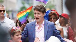 Les bas de Trudeau durant le défilé de la fierté gaie avaient un message