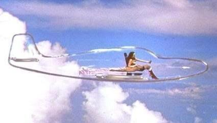 Ce papa crée un avion en ballons pour Wonder Woman (sa