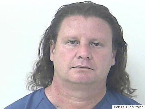 Un homme arrêté pour avoir prétendu être le batteur de Nickelback, Daniel