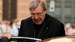 Le numéro trois du Vatican inculpé pour crimes sexuels clame son