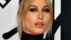 Hailey Baldwin a lancé sa ligne de maquillage qui est déjà un