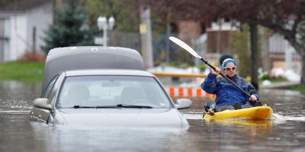 Inondations du printemps: les employés des députés ont touché des
