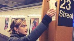 Emma Watson dépose un livre dans le métro après l'élection de Donald