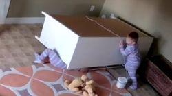 Ce bébé de 2 ans sauve son frère