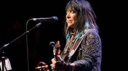 Collaboration explosive entre Buffy Sainte-Marie et Randy