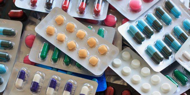 Coûts des médicaments: des pharmaciens dénoncent des assureurs