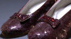 Une campagne pour sauver les chaussures rouges du film «Le magicien